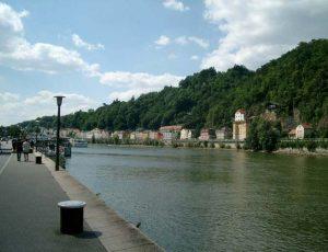 Schiffsanlegestellen an der Donau